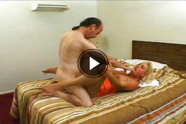 gratis pornofilm mit blonder naturgeiler oma
